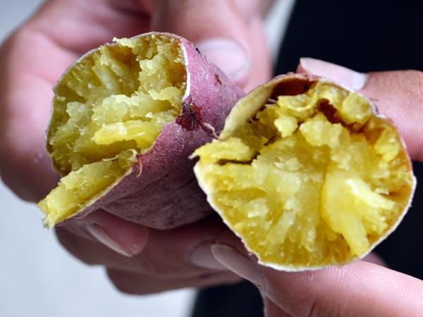 画像2: 〈製法リニューアル〉冷凍焼き芋「わたしのお芋さま」500g×5袋入り 1箱